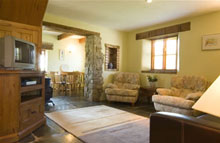 Lakeside Holiday Cottage